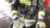 辽宁葫芦岛:零下20度为抢修 消防员浑身挂冰