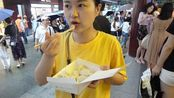 上海特色的南翔小笼,一笼只要25元,比灌汤包好吃多了