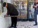 视频: 【爱搭配www.6340.cn】俄罗斯人是如何支付费用的