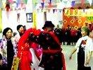 未央区老年服务中心迎国庆、庆重阳志愿者联谊会老人模特队表演
