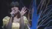 カタストロフィーの雨傘 - 中森明菜(1982 MILKY WAY '83 春の風を感じて)