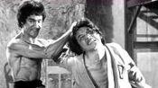 李小龙电影《龙争虎斗》花絮,这功夫不是吹嘘,真的太快了
