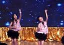 小演员王紫璇与舞伴在辽台表演爵士舞《my man 》