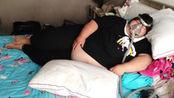"""406斤女子怀二胎7个月靠吸氧撑着,拒绝医生引产,欲""""赌命""""生子!"""