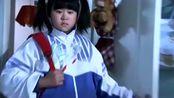 胖女孩来例假把床单弄脏,故意藏起来,放学回家看到这一幕感动了