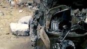 刚拿驾驶证偏要开车,新买的车撞坏了,没有金刚钻不揽瓷器活这个道理不懂吗