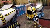 穆兰·科奥的车在工厂里用水泥搅拌器-儿童玩具视频