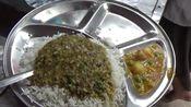 印度街边廉价快餐摊,米饭不够免费加,吃饱只需20卢比