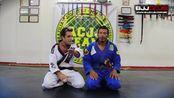 Jiu-Jitsu - Raspagem da Meia Guarda - Beto Rocha - BJJCLUB