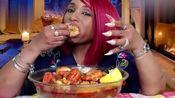 〔视频合集〕吃蟹阿姨吃阿拉斯加大虾,美国海鲜是不是比较便宜啊