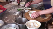 香港美食:围观香港人吃面哲学,手打牛肉丸,老卤牛杂肚,任意搭配盖粉盖面