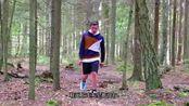 小伙用3D打印机制作印花柔性鞋,穿上跑起步来都带风