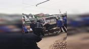 """【河北】网友爆料 邢台大街上城管与小商贩""""开撕"""""""