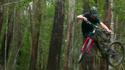 【PINKBIKE搬运】Matt Staggs Goes Deep into the Jungle in 'Meandering Maydena'