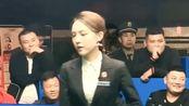 台球比赛上火了一位美女裁判,观众席上的多了无数男人,估计都是来看她的!