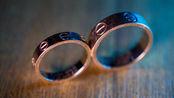 现代戒指代表爱情,而古代戒指和爱情无关,妃子来例假才戴