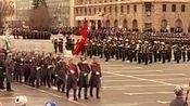 斯大林格勒战役75周年阅兵式,士兵正步分列式,一脸傲娇