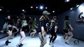 武汉街舞saro杨婷导师门徒班—thug霸气来袭