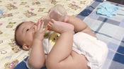 见过这样吃奶的么厉害了我的哥猪宝宝六个多月宝宝!