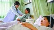 妻子住院待产,婆婆送一箱奶,嫌味浓送隔床孕妇,喝后办理转院