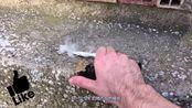 你知道怎样用锡纸制作烟雾弹吗?纯手工操作,真的很有效!