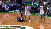 NBA轻松时刻:这是真摔还是假摔?都是演员!
