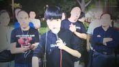 北京街头,身残志坚王亮演唱《最远的你是我最近的爱》,醉人醉心