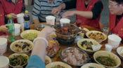 早餐中国:正宗早堂面要去荆州这家面馆吃,历史悠久,生意火爆。