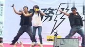 蔡依林演唱《爱无赦》,黑发白衣的Jolin热力起舞,真是太美了!