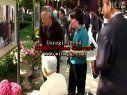蒋伟亮陪父母浏览总统府