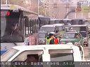 3月11日【宏琪说交通】:雨花西路:集装箱货车刮倒广告牌