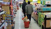 年前回趟娘家,去镇上超市买东西,猪肉28元一斤,比市里便宜