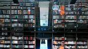 作为网红店它是成功的,但作为书店它真的成功了吗卡卡不断的快门声!不清净