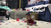 六个月婴儿宝宝为何不知疲倦?自从宝宝会打滚后活动空间越来越大