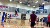 【弹跳牛人】身高188,高点370,美国排球小伙逆天弹跳+暴扣球速!