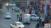河北张家口:交警例行检查 查获多名逃犯