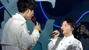 华语乐坛最优秀的男声二重唱,王晰和周深合唱《月弯弯》天籁嗓音