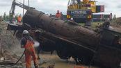 老外发现1885年蒸汽火车!花费600万将其打捞改造,这还能用吗?