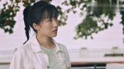 梦在海这边:小青说自己家乡的山水比纽约更美,说自己的梦在中国