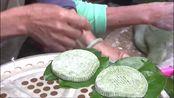 新加坡大厨帮村民制作糍粑,不料却是清明节用来祭祖的,太尴尬!