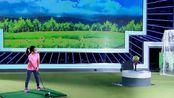 了不起的孩子:刘国梁女儿臂力好强,用高尔夫打爆西瓜