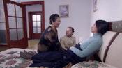 娇娇和奶奶一看周兰的诊断报告,立马哭着道歉,求她别放弃治疗