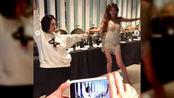 林志玲婚宴后开Party,与小S贴身热舞让人羡慕,网友:女神降临