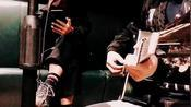 牛人吉他改编,弹唱李宗盛经典《越过山丘》,唱出人世间的沧桑!