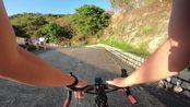 【骑行】来到港岛西鲜为人知的大片开阔草地,遛下网购600块的遥控直升机