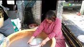 菏泽特色小吃绿豆粉皮!传统手工制作啊!