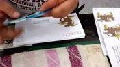《中国恐龙》邮票发行,看看原地封办理大师是怎样批量贴邮票的!
