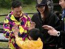 杨威加盟星贵家庭 玩转贵士传奇之旅