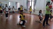 [配课件教案]1.五六年级体育《2.基本体操》广东省市一等奖