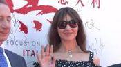 52岁法国影帝文森特卡索娶21岁女友 前妻是莫妮卡贝鲁奇